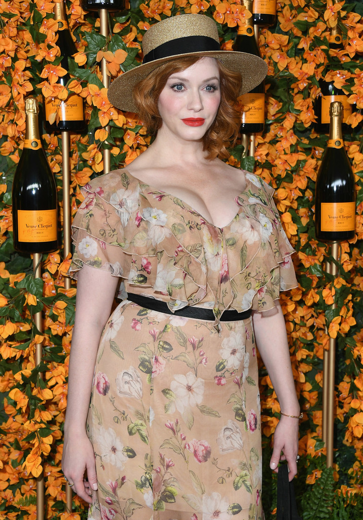 84331092_christina-hendricks-9th-annual-veuve-clicquot-j86wbbfq44ux.jpg