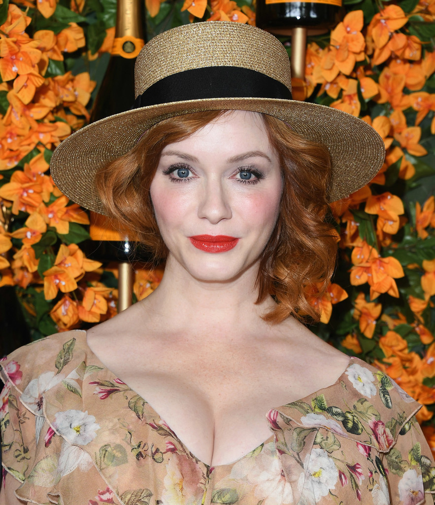 84331098_christina-hendricks-9th-annual-veuve-clicquot-fpd6avb3hxix.jpg