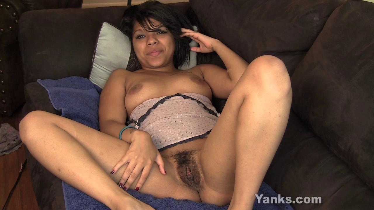 Yanks – Kimberly Marie Cums