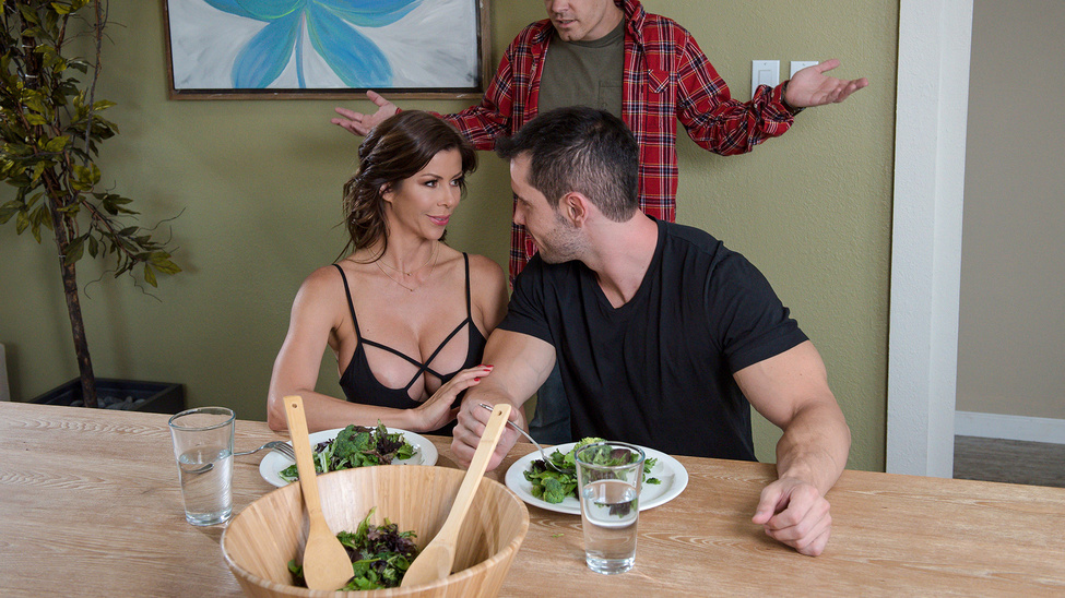 [MommyGotBoobs] Alexis Fawx – The Nest Is The Best